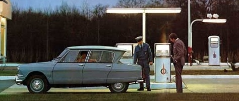 Citroen Ami6 at a Total petrol station, Ami6 brochure, ca. 1966 / 1967
